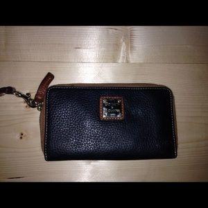 Dooney and Bourke wrist wallet